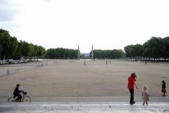 place des quinconces, bordeaux, 22 juillet 2011